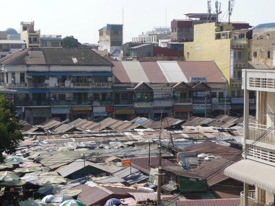 Ohana Phnom Penh Palace Hotel: Markt in der Nachbarschaft