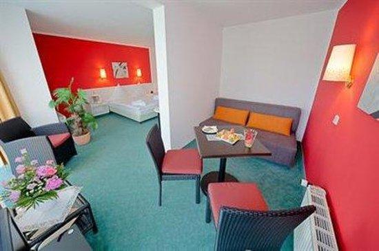 Weinboehla, Alemania: Room
