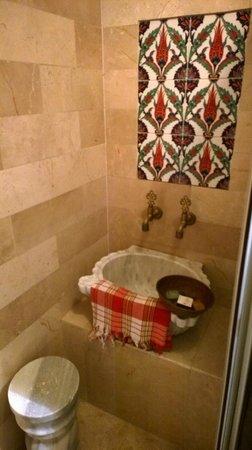 Best Point Hotel : Bathroom