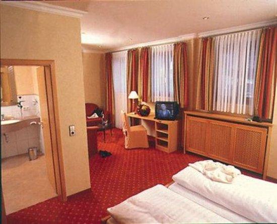 Hotel Restaurant Ochsenwirtshof: Room