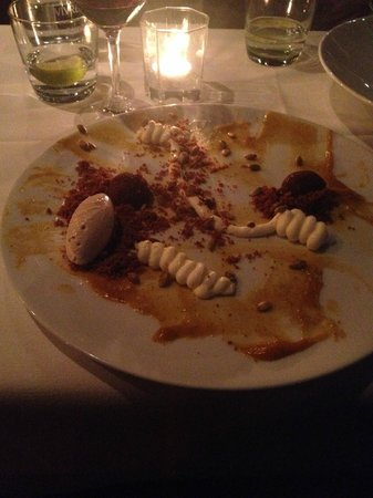 "Raincity Grill: ""deconstructed cheesecake""- pathetic"