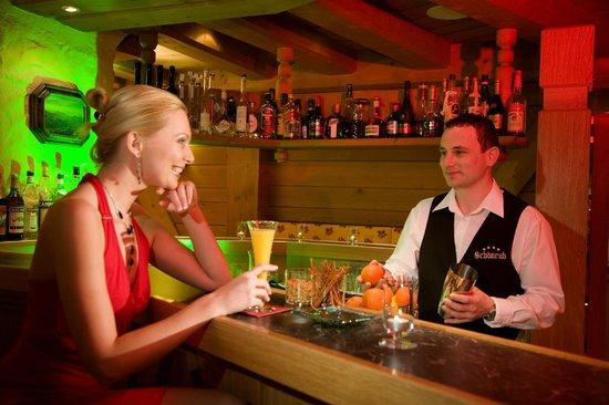 Sporthotel Schönruh: Unsere gemütliche Hotel Bar