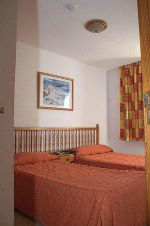 Apartamentos Palmera Mar: Bedroom