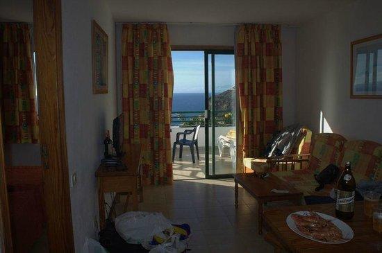 Apartamentos Palmera Mar: Living room