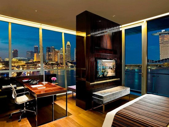 The Fullerton Bay Hotel Singapore : Robinson Suite (Bedroom)