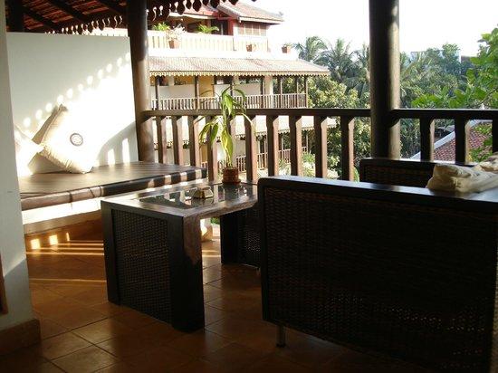 Siddharta Boutique Hotel : l'espace privé devant la chambre