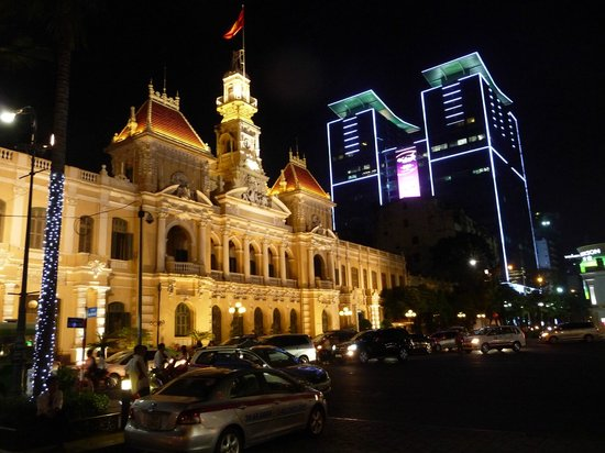 Golden Rose Hotel : Saigon bei Nacht