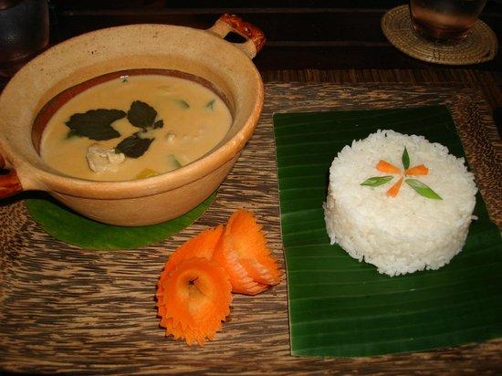 Siddharta Boutique Hotel : L'excellent curry aux fruits de mer aux épices khmers