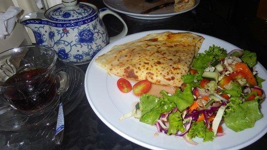 Pratu Chai Cafe