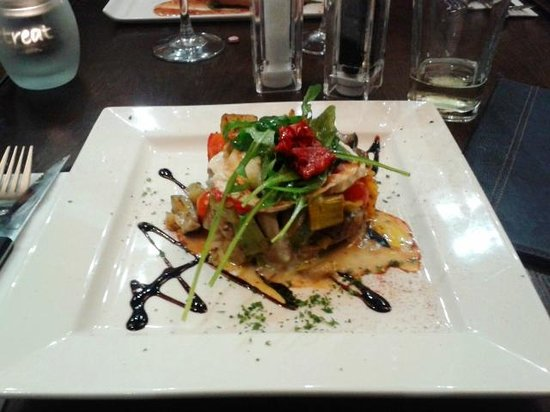 Retreat Grill, Bar and Restaurant: Goats Cheese Stack @ The Retreat