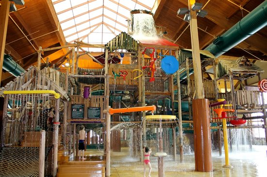 Great Wolf Lodge: Another water park!