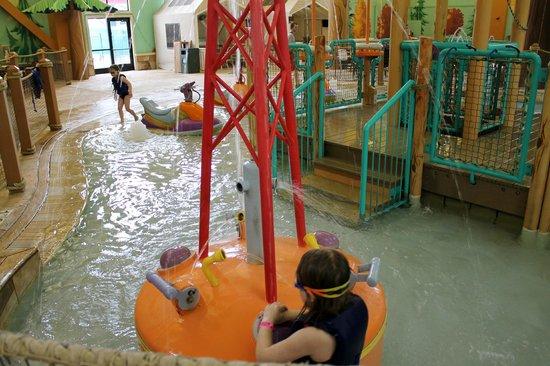 جريت وولف لودج ويسكونسين ديلز: Water park