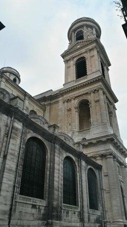 Eglise Saint-Sulpice: Outside