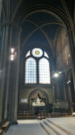 Eglise Saint-Sulpice: Inside