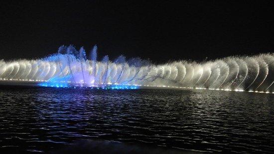 28 Hubin Road: 西湖の噴水ショー