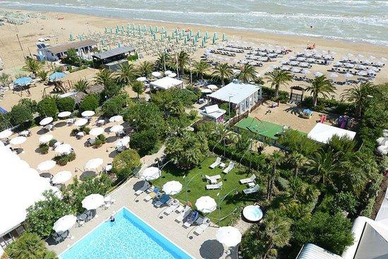 Hotel Parco delle Rose: La vista dal balcone