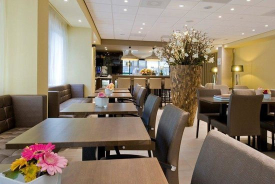 Holiday Inn Express Amsterdam - South : Breakfast Area