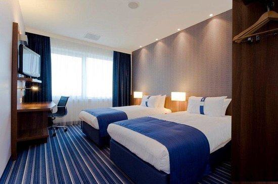 Holiday Inn Express Amsterdam - South: Twin bed guest room with free wifi and coffee/tea facilities