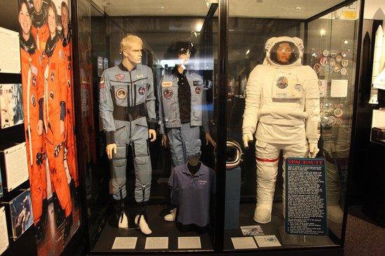 Canberra Deep Space Communication Complex: Astronauts