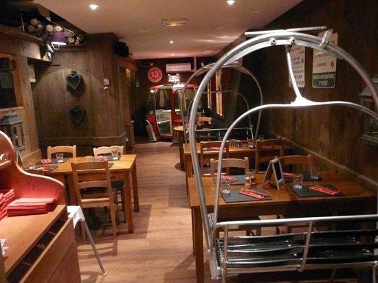 Le restaurant picture of le ch 39 ti charivari villeneuve - Restaurant le bureau villeneuve d ascq ...