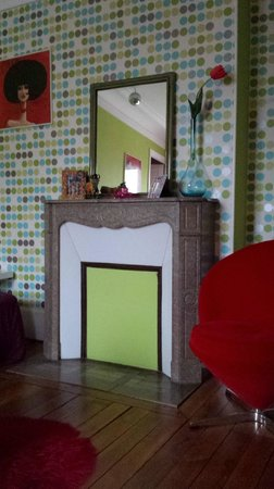 Appartement d'hotes Folie Mericourt : chambre movida
