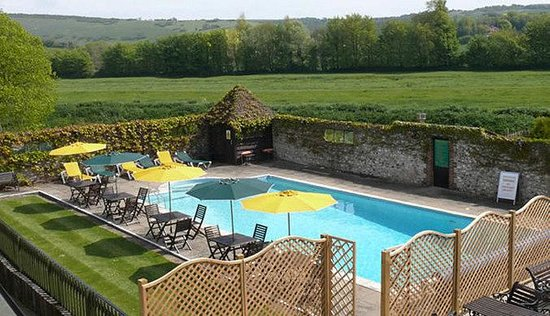 Deans Place, Country Hotel and Restaurant: Outdoor Pool