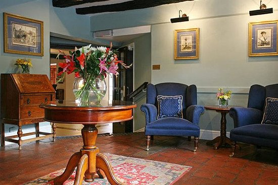 Deans Place, Country Hotel and Restaurant: Lobby