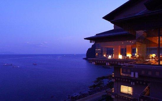 Izu Hokkawa Onsen Bousui : Ocean View With Hotel Exterior