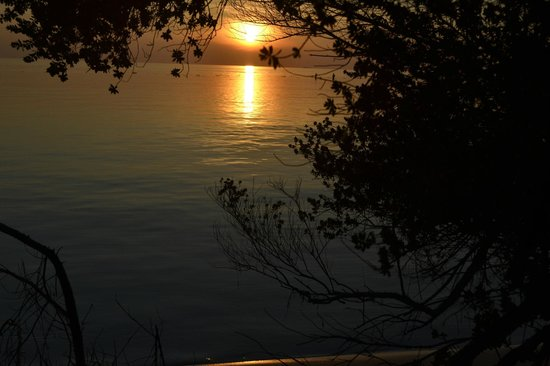 Embudu Village: Our first sunset