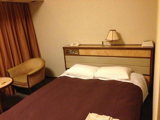Narita View Hotel: ダブルベッド