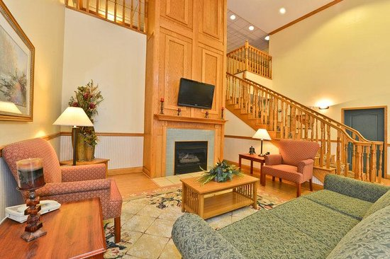 Americas Best Value Inn and Suites Marion : Lobby