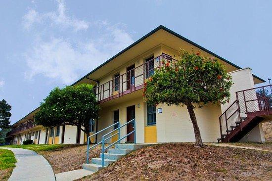 IHG Army Hotel - Presidio of Monterey : Bldg 367- Hotel Exterior