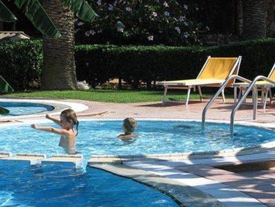 Villaggio Club Baia del Sole: Pool