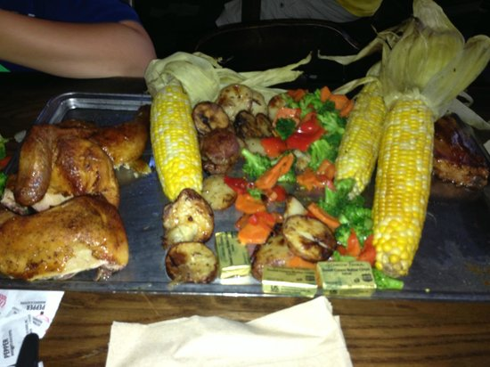 The Wizarding World of Harry Potter : The Feast at The Three Broomsticks...Feeds 4