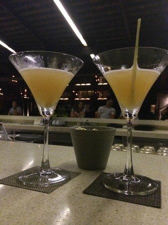 Hansar Samui Resort: Tom Yum martinis as Happy hour