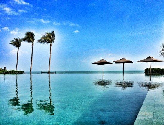 Hansar Samui Resort: Pool again