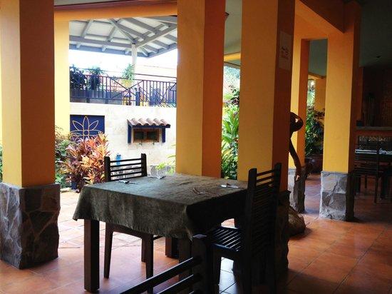 Restaurante Mango at Isla Verde: The terrazza.
