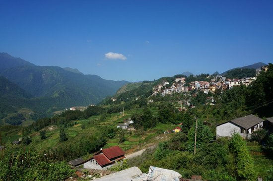 Sapa Homestay - Private Day Tours: SaPa Town