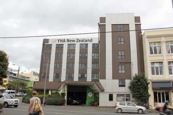 YHA Wellington: Frente hostel