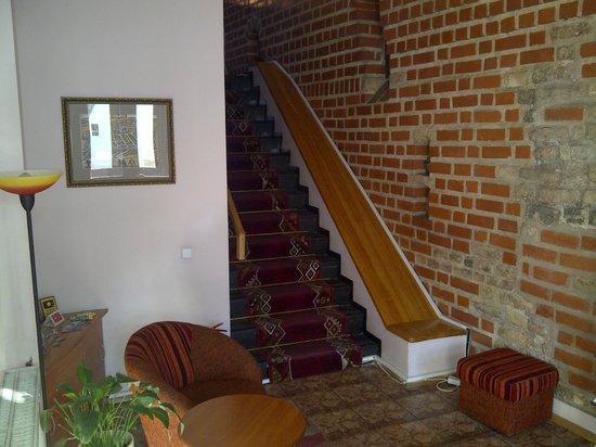City Hotels Rūdninkai: Вход в отель