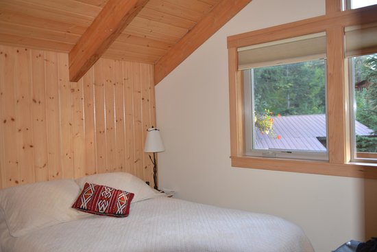 Alpine Aria Chalet Bed and Breakfast: Chambre