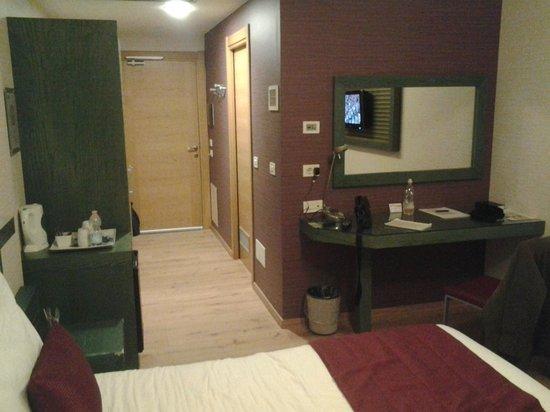 Crystal Palace Hotel: camera 1