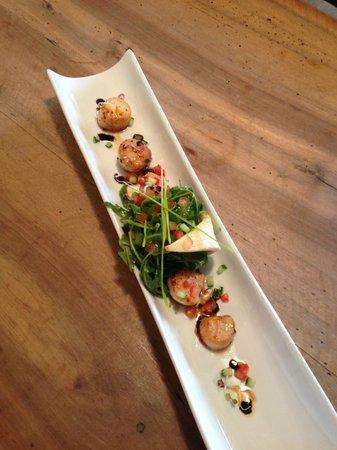 Hôtel - Restaurant de la Paix : noix de saint jacques déglacé au vinaigre de framboise