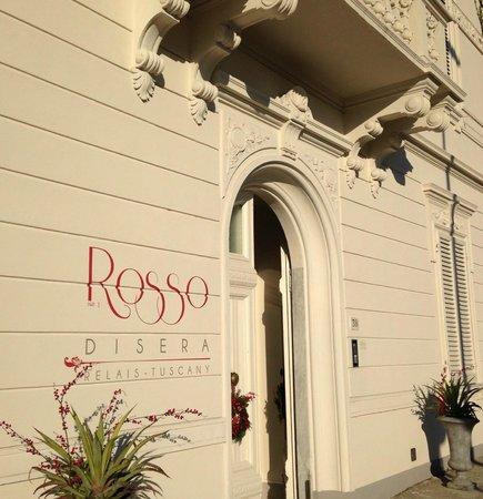 Rosso di Sera Relais Tuscany: La facciata