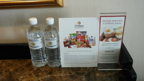 Sutera Harbour Resort (The Pacific Sutera & The Magellan Sutera): Complimentary Drinking Water