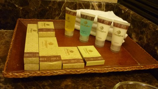 Sutera Harbour Resort (The Pacific Sutera & The Magellan Sutera): bathroom amenities