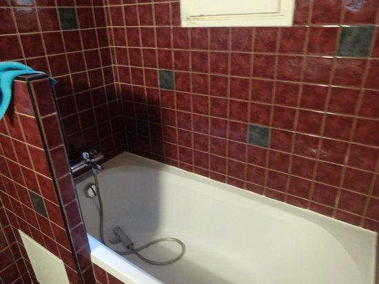 Hotel Monte Carlo : Ensuite bath