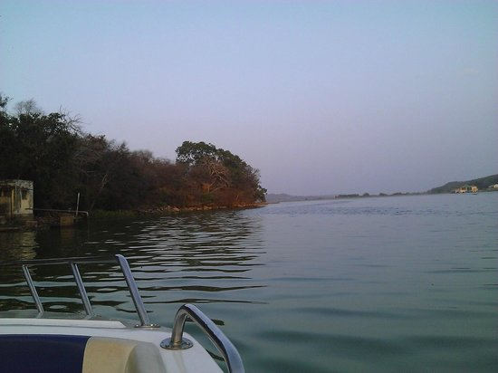 Tourist Village Shivpuri: Lake