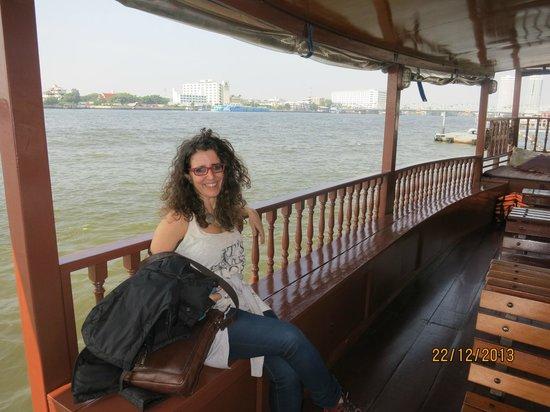 Praya Palazzo: Hotel's boat