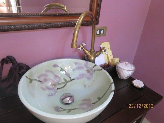 Praya Palazzo: Basin